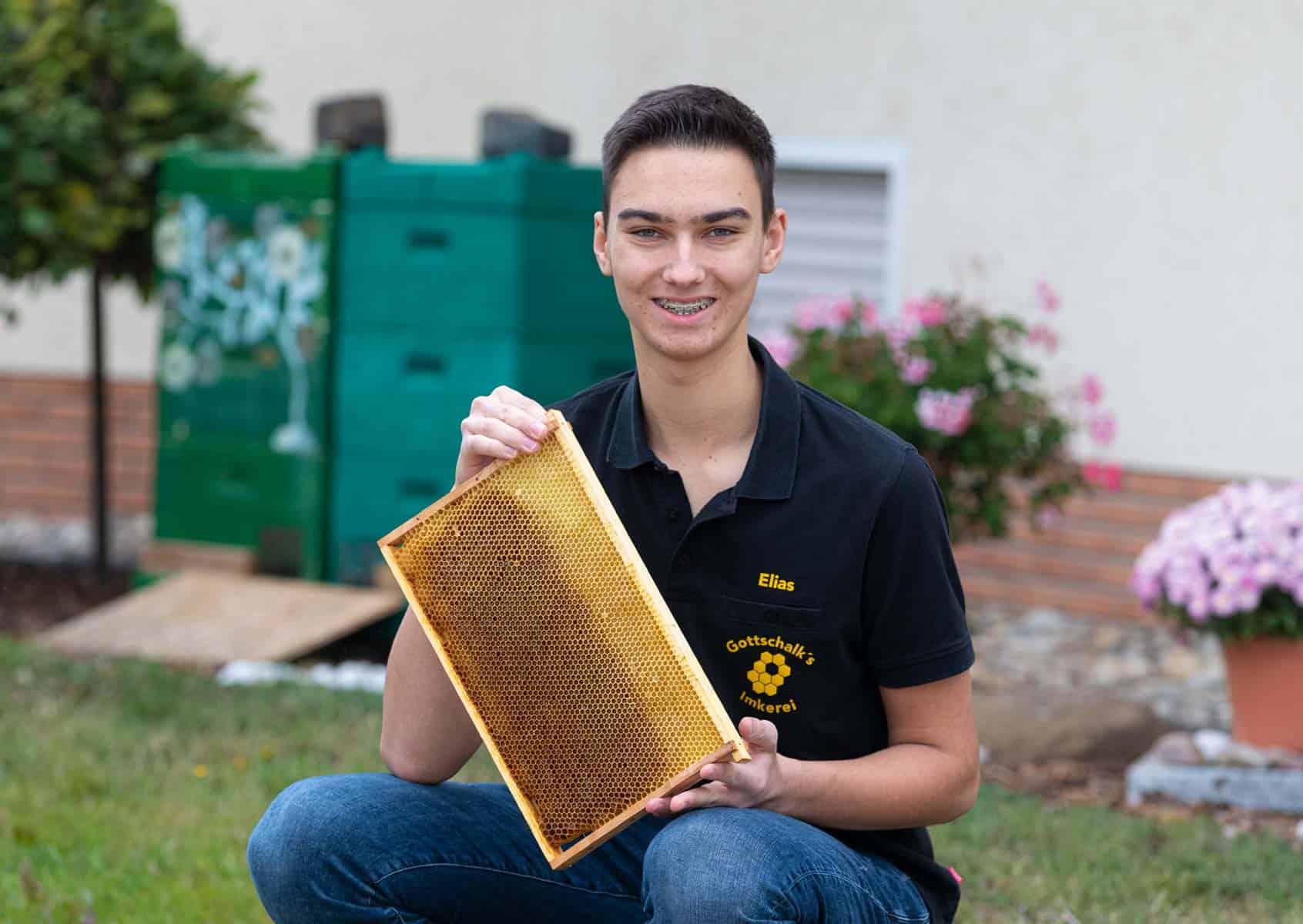Eine Bienenwabe